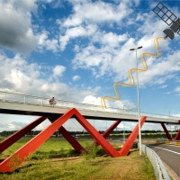 Monitoring structure health of bridges with INSAR