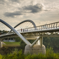 Pedestrian and bicycle bridges in composite materials