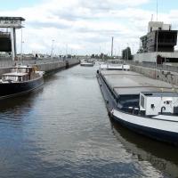 Positiebepaling van schepen in binnenvaartsluizen